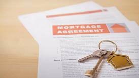 'Do I have to pay a higher mortgage settlement fee than agreed upon?'