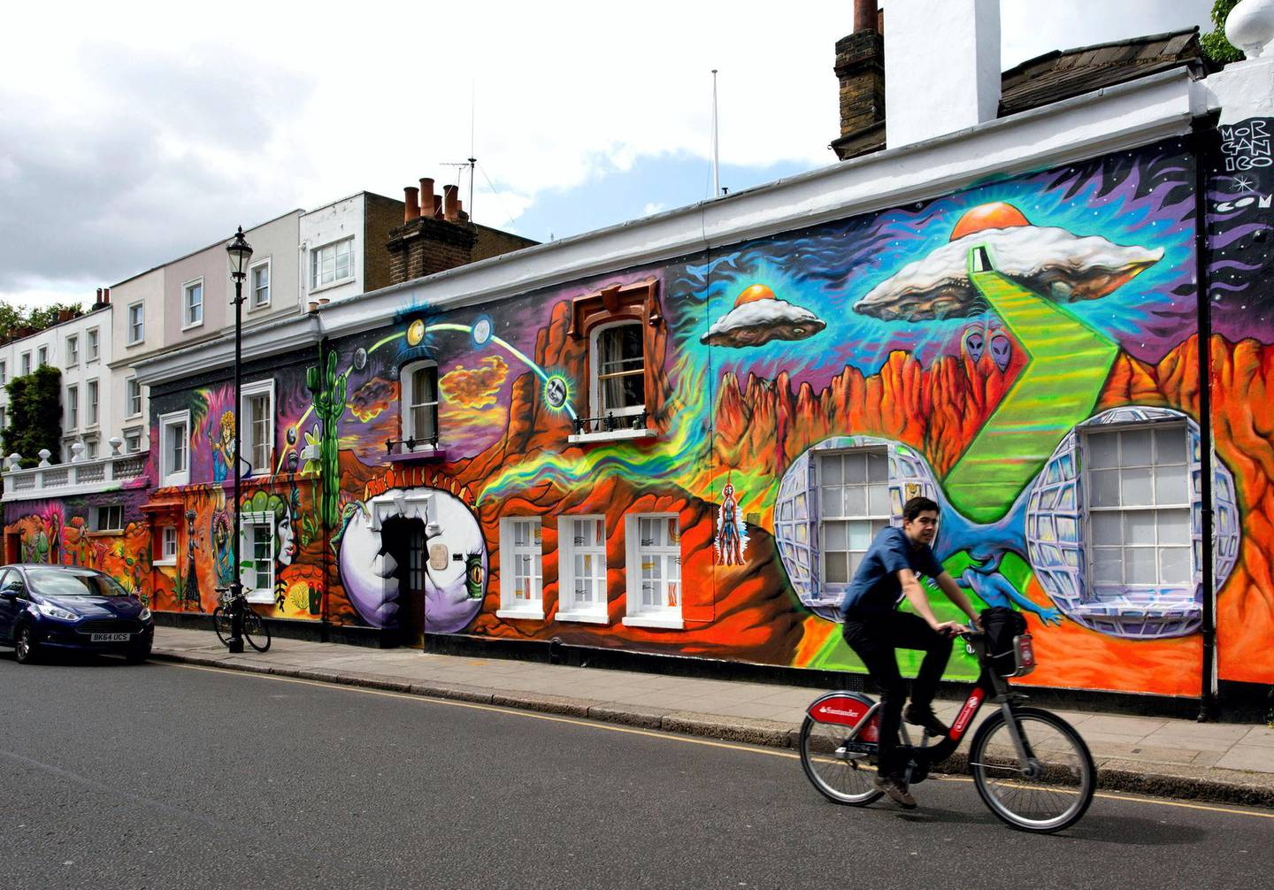ERJ818 The outside of the Chelsea Arts Club in London has been transformed by a mural by street artist Morganico