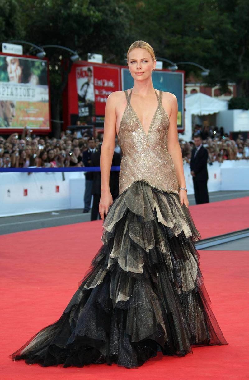 VENICE, ITALY - SEPTEMBER 01:  Actress Charlize Theron attend the In The Valley Of Elah premiere in Venice during day 4 of the 64th Venice Film Festival on September 1, 2007 in Venice, Italy.  (Photo by MJ Kim/Getty Images)