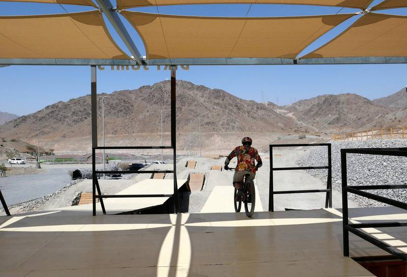 FUJAIRAH, UNITED ARAB EMIRATES , March 23, 2021 –   Tyler Bruce, enjoying riding a bicycle at the Fujairah Adventures Park in Fujairah. (Pawan Singh / The National) For Instagram/Online/ Lifestyle. Story by Janice Rodrigues