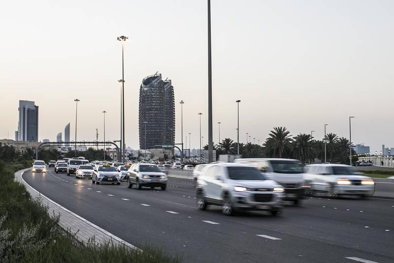 Abu Dhabi, United Arab Emirates. April 24, 2017///Rush hour traffic. Abu Dhabi, United Arab Emirates. Mona Al Marzooqi/ The National ID: 43686Section: National  *** Local Caption ***  170424-MM-traffic-007.JPG