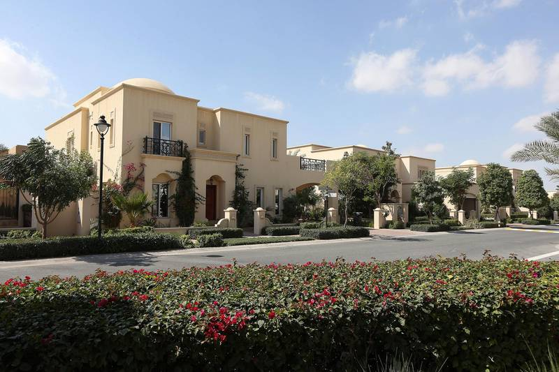DUBAI , UNITED ARAB EMIRATES Ð  Feb 6 , 2014 : View of the villas in Arabian Ranches in Dubai.  ( Pawan Singh / The National ) For Stock