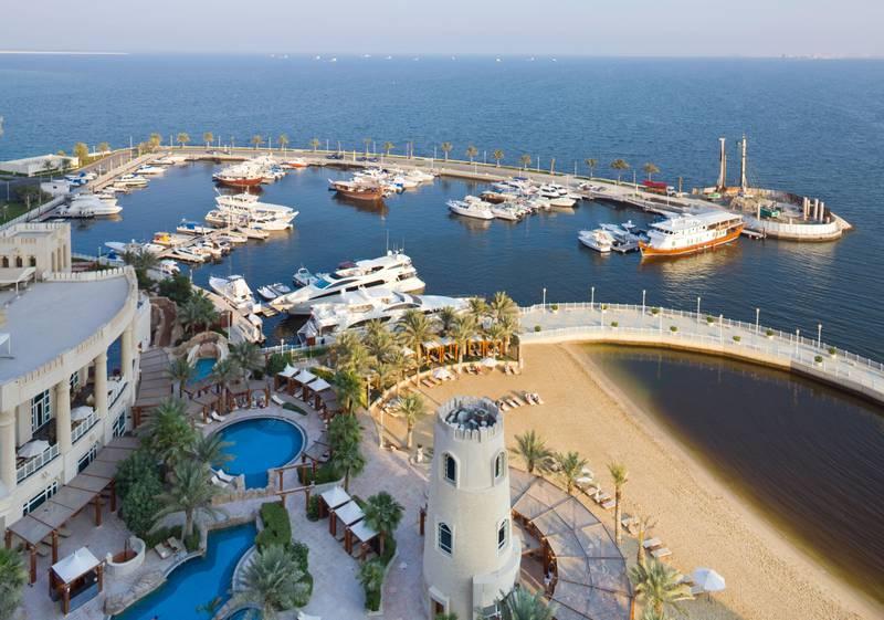 B63EWY marina and Four Seasons Hotel, Doha, Qatar