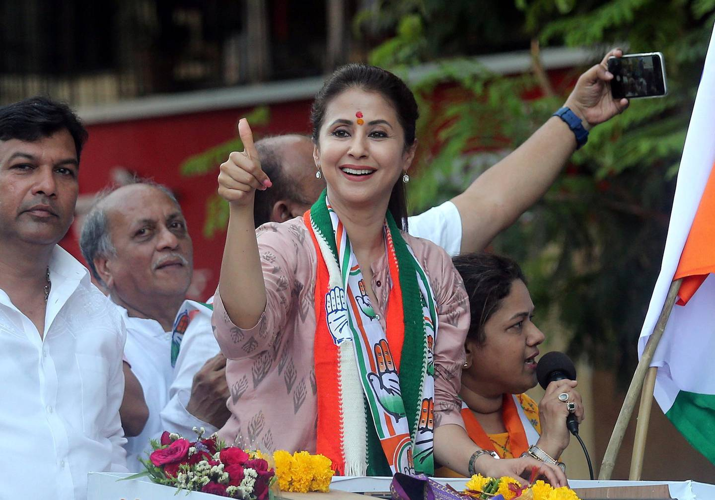 Urmila Matondkar, Bollywood actress-turned-politician who recently joined India's main opposition Congress party, gestures during her election campaign rally in Mumbai, India, April 11, 2019. REUTERS/Francis Mascarenhas