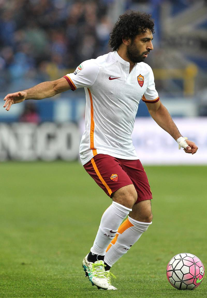 BERGAMO, ITALY - APRIL 17:  Mohamed Salah of AS Roma in action during the Serie A match between Atalanta BC and AS Roma at Stadio Atleti Azzurri d'Italia on April 17, 2016 in Bergamo, Italy.  (Photo by Marco Luzzani/Getty Images)