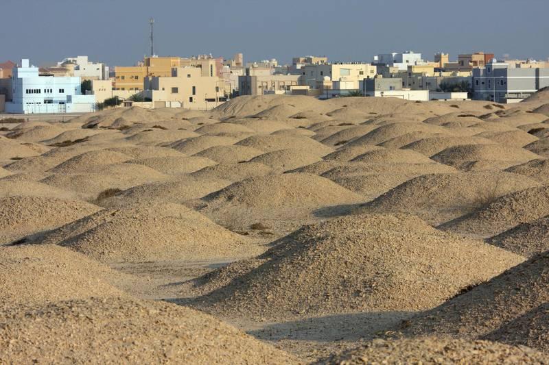 DHY1DA Dilmun era burial mounds, Aali, Kingdom of Bahrain
