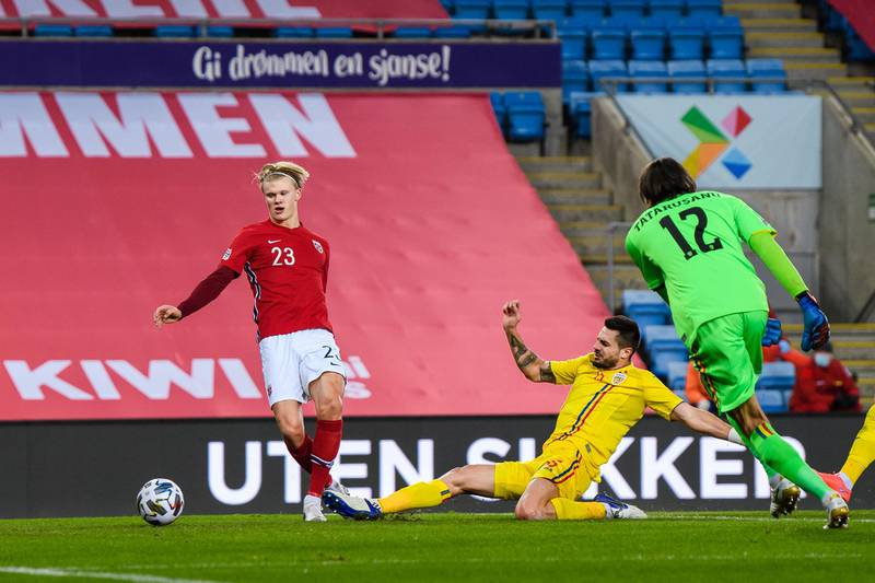 201011 Erling Braut Haaland of Norway scores the 3-0 goal during the UEFA Nations League football match between Norway and Romania on October 11, 2020 in Oslo. Photo: Vegard Wivestad Grøtt / BILDBYRÅN / kod VG / VG0054 bbeng fotboll football fotball soccer uefa nations league landskamp norge norway romania rumänien No Use Sweden. No Use Norway. No Use Austria.