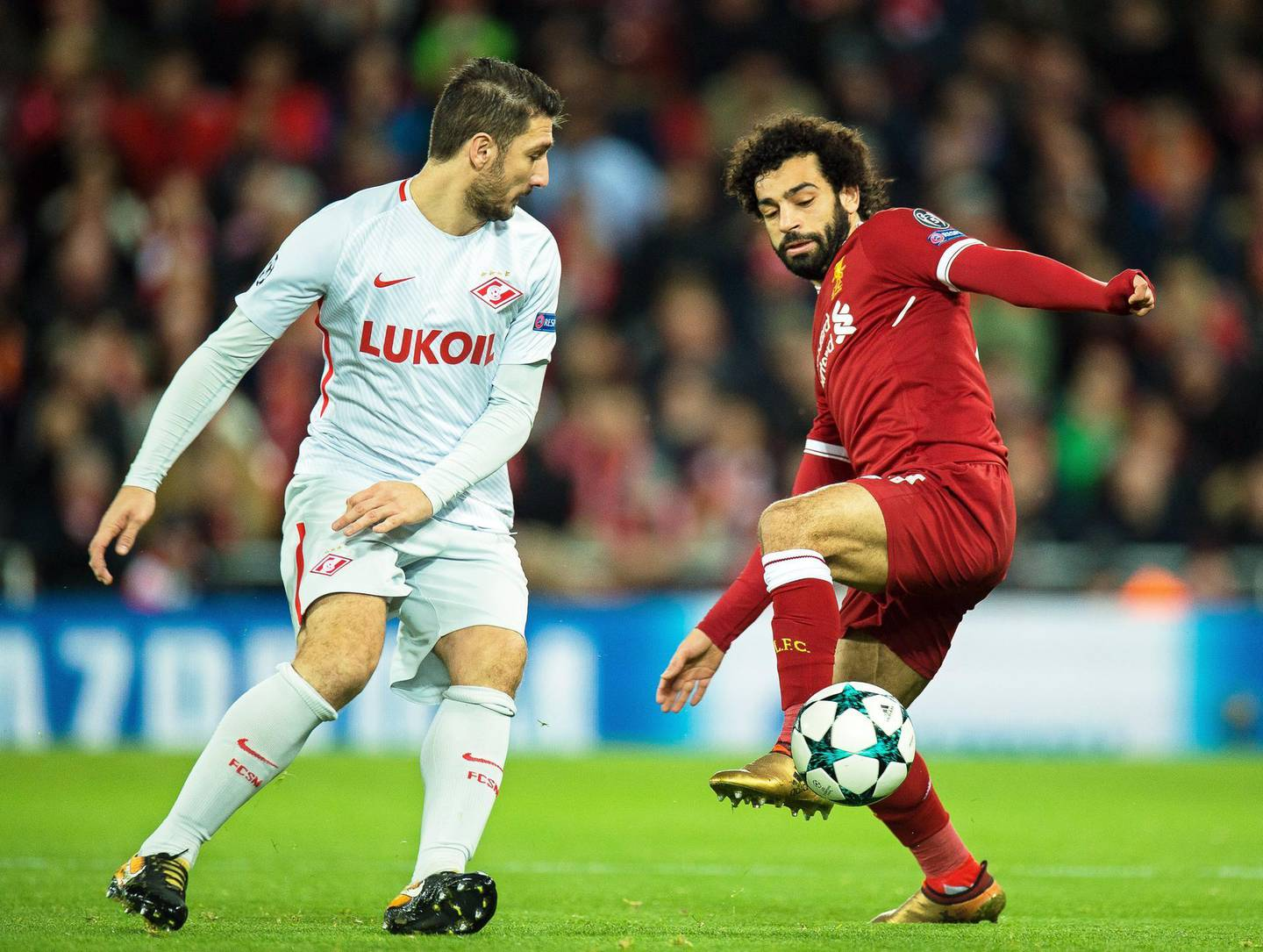 epaselect epa06372190 Spartak Moscow's Salvatore Bocchetti (L) in action against Liverpool's Mohamed Salah (R) during the UEFA Champions League group E soccer match between Liverpool FC and Spartak Moscow at Anfield in Liverpool, Britain, 06 December 2017.  EPA/PETER POWELL