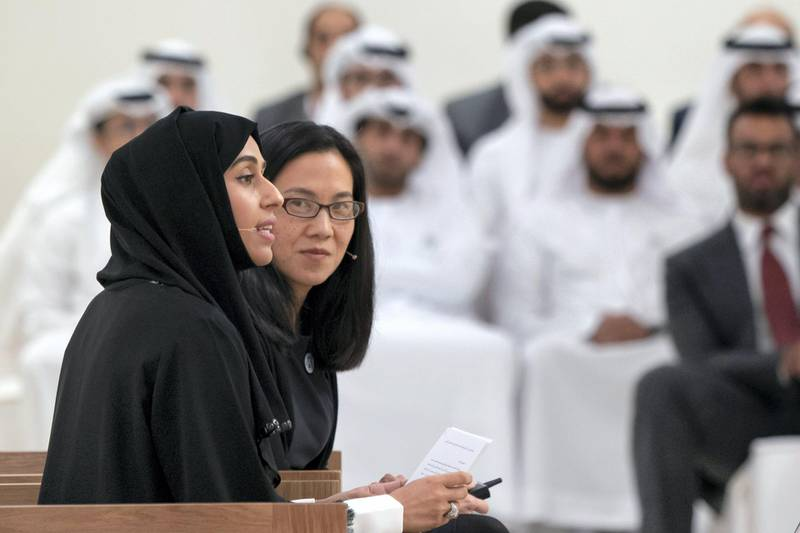 ABU DHABI, UNITED ARAB EMIRATES - May 23, 2018: HE Hessa Essa Buhumaid, UAE Minister of Community Development (L), speaks during a lecture by Angela Duckworth (R), titled 'True Grit: The Surprising, and Inspiring Science of Success', at Majlis Mohamed bin Zayed.  ( Rashed Al Mansoori / Crown Prince Court - Abu Dhabi ) ---