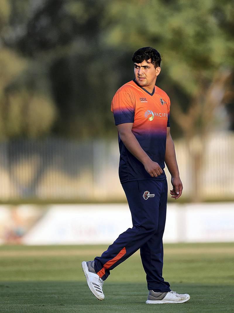 Dubai, November, 19, 2018: Hazratullah ZaZai of Maratha Arabians for T10 league during the practice match against UAE in Dubai . Satish Kumar for the National/ Story by Paul Radley