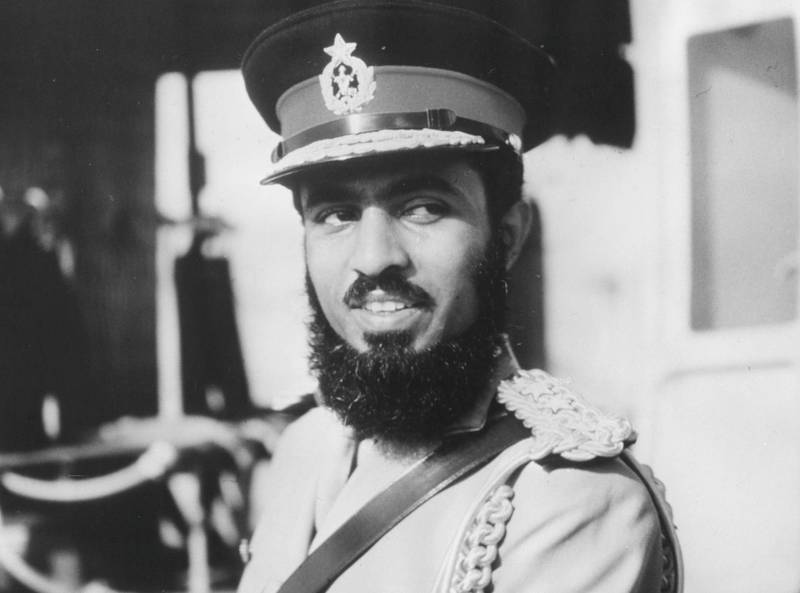 Portrait of Qaboos Bin Said Al Said, the Sultan of Muscat and Oman, in military uniform, circa 1970. (Photo by Keystone/Hulton Archive/Getty Images)