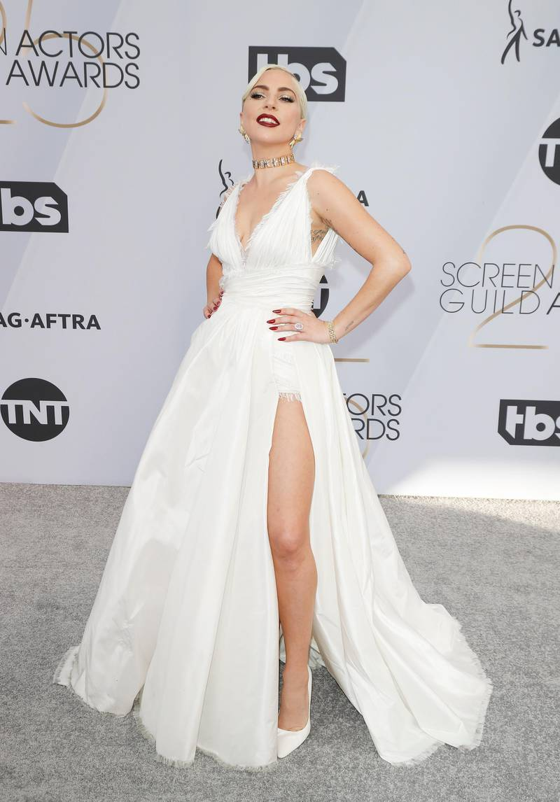 epa07326652 Lady Gaga arrives for the 25th annual Screen Actors Guild Awards ceremony at the Shrine Auditorium in Los Angeles, California, USA, 27 January 2019.  EPA-EFE/NINA PROMMER
