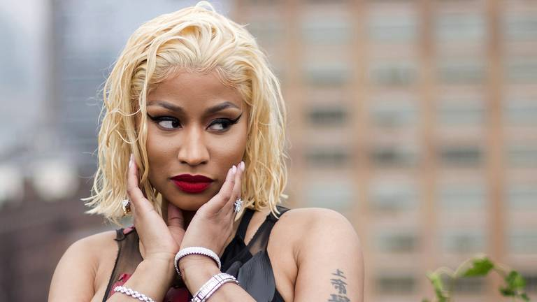 An image that illustrates this article White House offers to call Nicki Minaj to answer vaccine queries