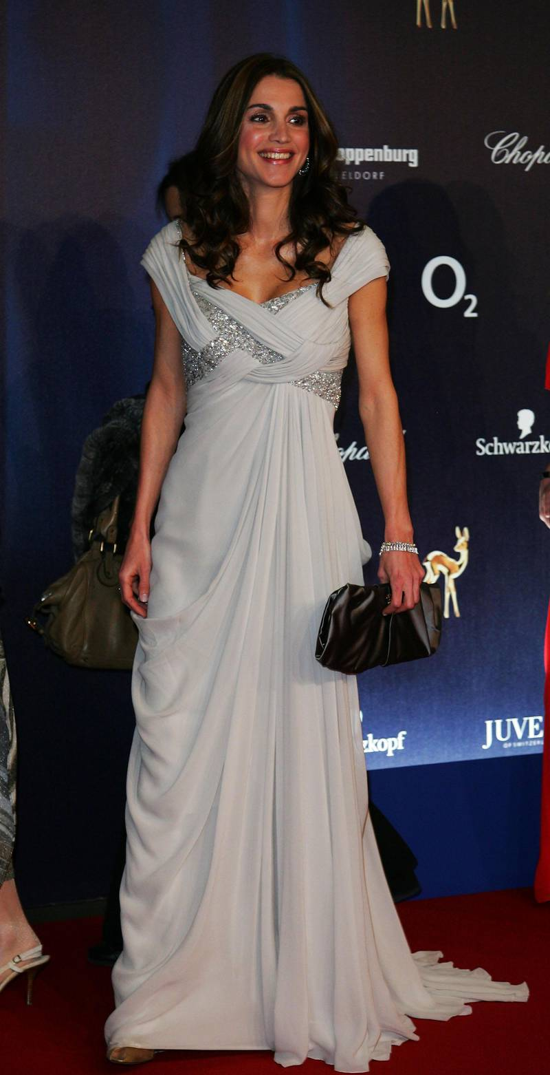 DUESSELDORF, GERMANY - NOVEMBER 29:  Queen Rania of Jordan attends the annual Bambi Awards 2007 on November 29, 2007 in Duesseldorf, Germany.  (Photo by Andreas Rentz/Getty Images)