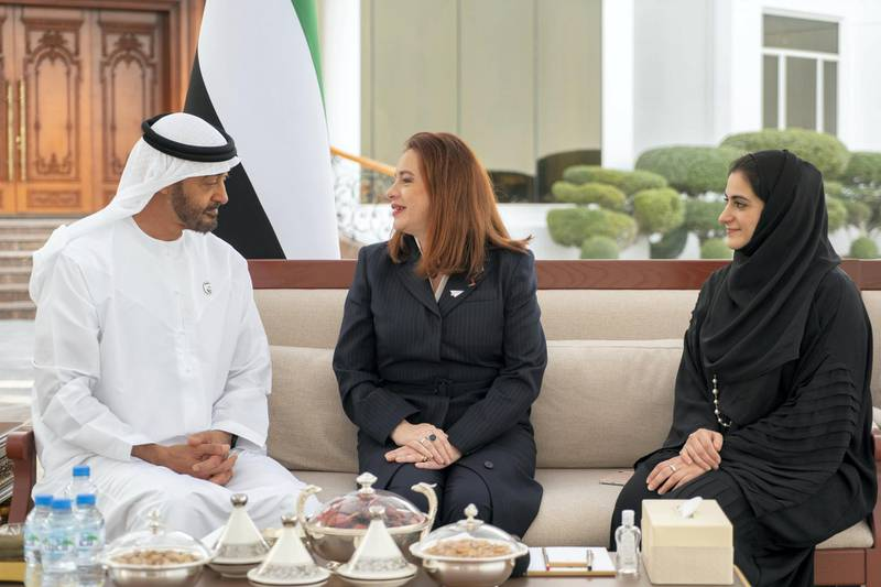 ABU DHABI, UNITED ARAB EMIRATES - February 11, 2019: HH Sheikh Mohamed bin Zayed Al Nahyan, Crown Prince of Abu Dhabi and Deputy Supreme Commander of the UAE Armed Forces (L), receives Maria Fernanda Espinosa, President of the United Nations General Assembly (C), during a Sea Palace barza.   ( Rashed Al Mansoori / Ministry of Presidential Affairs ) ---