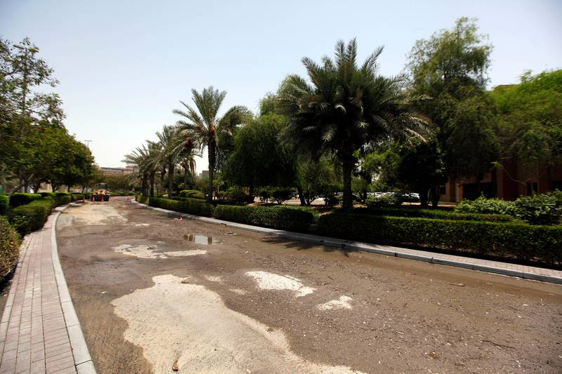 Dubai, United Arab Emirates- July,20, 2013:  View of the  Greens and IBN Battuta Mall area after the Leakage in Water pipes causing  heavy floods in Dubai . ( Satish Kumar / The National ) For News *** Local Caption ***  SK100-Greens-02.jpg