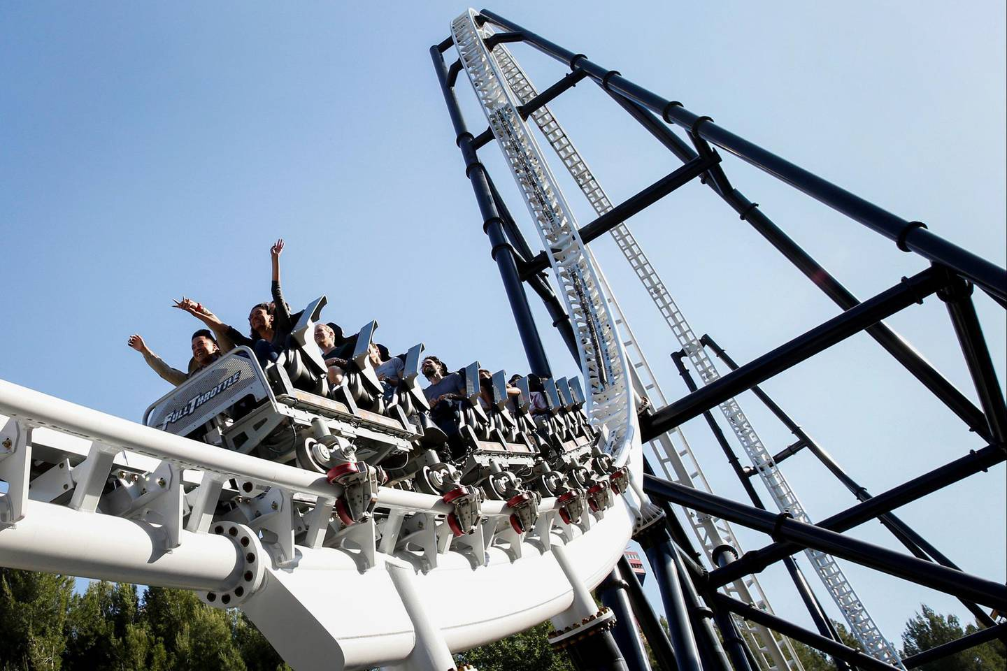 Visitors ride the Full Throttle roller coaster at Six Flags Magic Mountain in Valencia, California, U.S., on Monday, April 20, 2015. Six Flags Entertainment Corp. is scheduled to release earnings figures on April 22. Photographer: Patrick T. Fallon/Bloomberg