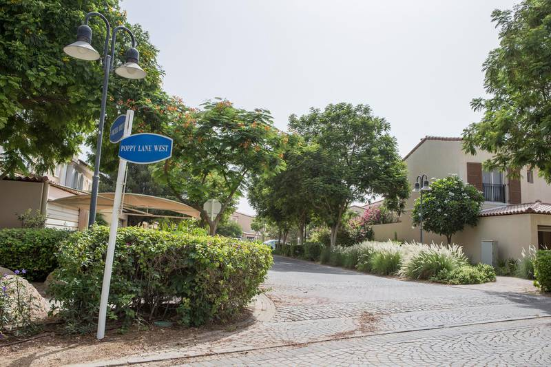 DUBAI, UNITED ARAB EMIRATES, 10 JUNE 2015. STOCK Photography of the Green Community located in Dubai investment Park. (Photo: Antonie Robertson/The National) Journalist: None. Section: Business. *** Local Caption ***  AR_1006_Green_Community_STOCK-05.JPG