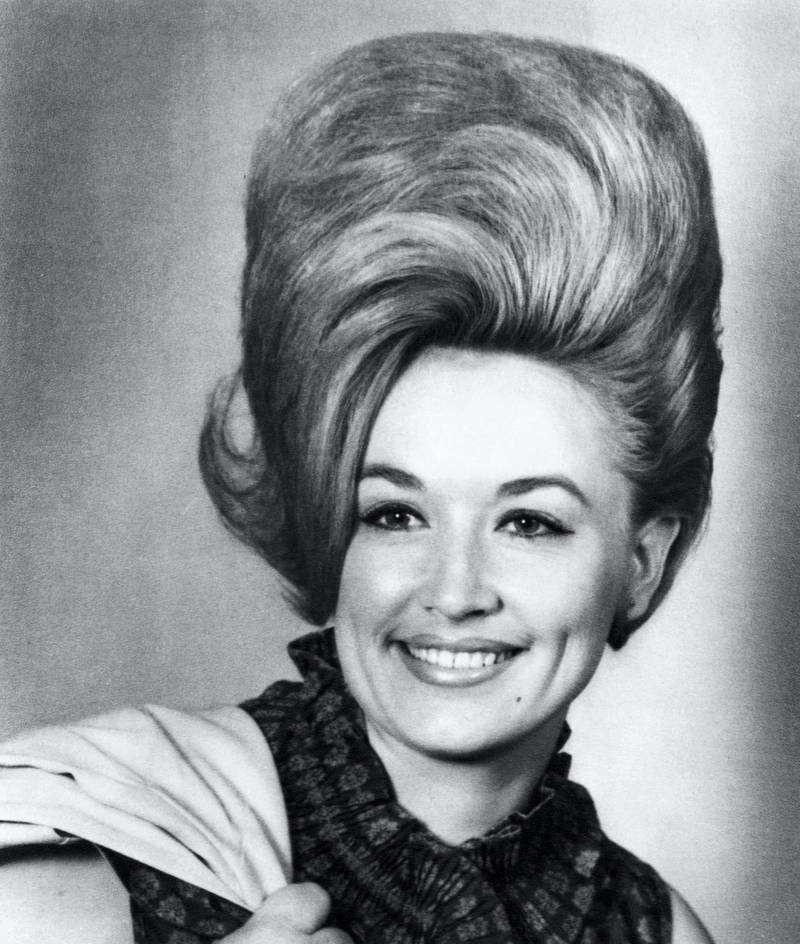NASHVILLE - 1965:  Country singer Dolly Parton poses for a portrait in 1965 in Nashville, Tennessee. (Photo by Michael Ochs Archives/Getty Images)