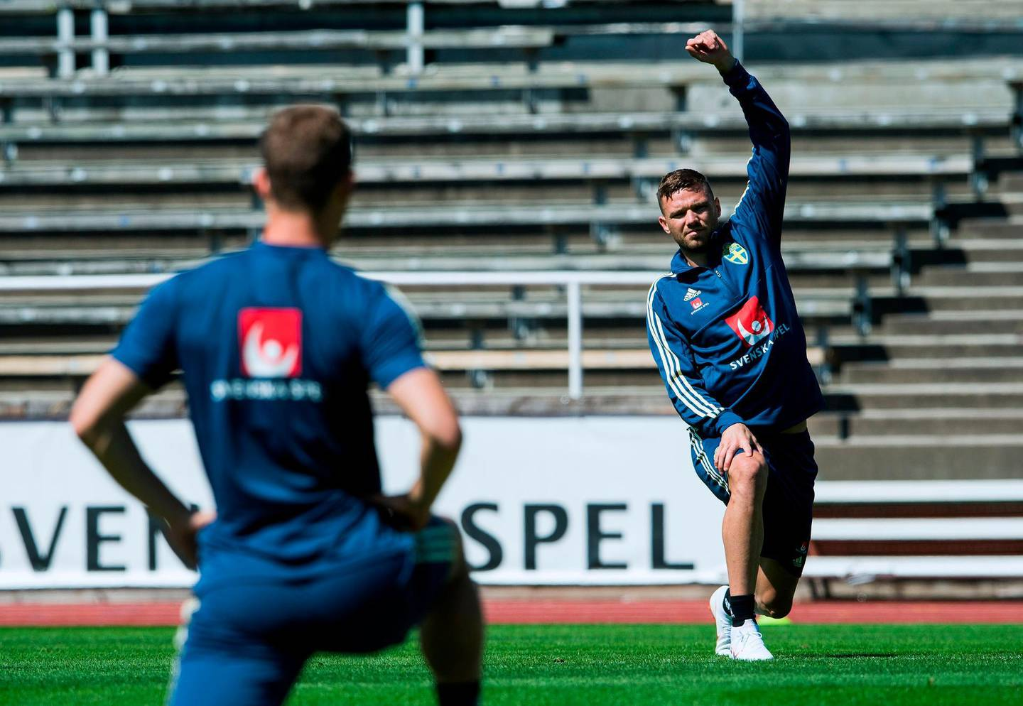 Sweden's forward Marcus Berg takes part in a training session, in preparation for the 2018 Football World Cup in Russia on May 24, 2018 in Stockholm. The Swedish team will stay in Sweden for training until they travel to Russia on June 12. / AFP / Jonathan NACKSTRAND