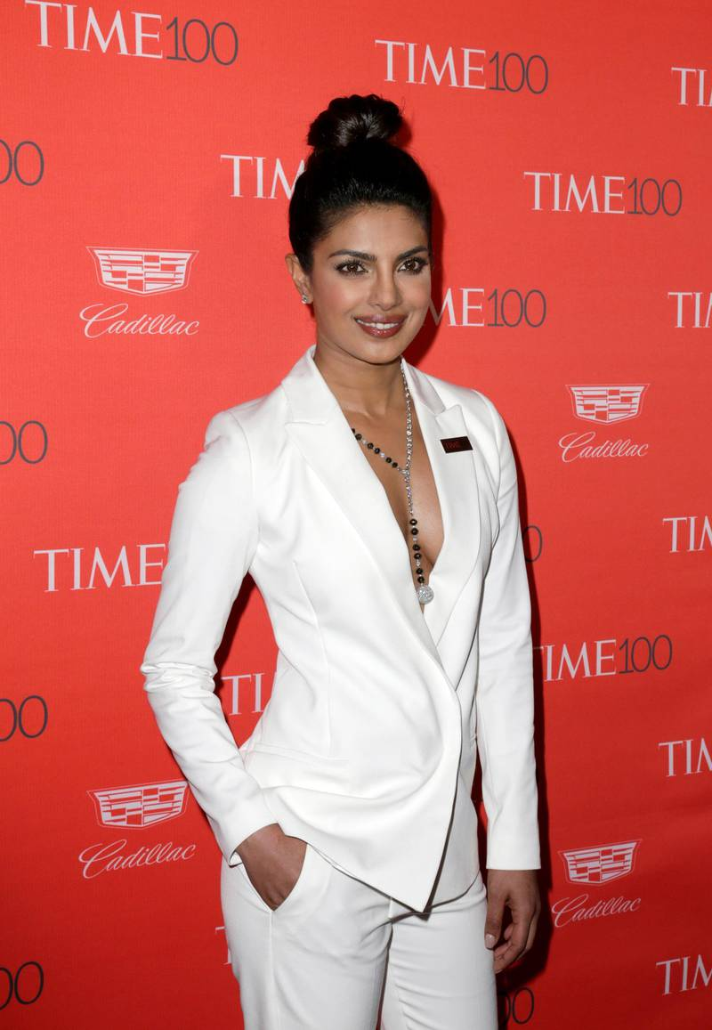 epa05278942 Indian actress Priyanka Chopra arrives for the Time 100 Gala at Frederick P. Rose Hall in New York, New York, USA, 26 April 2016. The event is a celebration of Time Magazine's annual issue recognizing 100 of the world's most influential people.  EPA/JASON SZENES