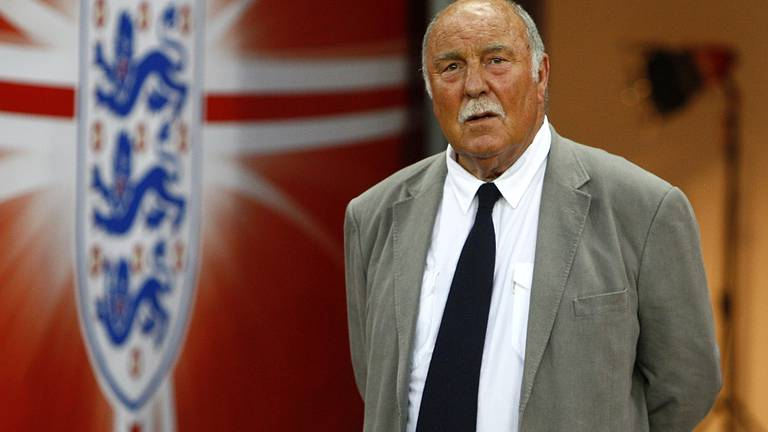 An image that illustrates this article Ex-Tottenham and Chelsea striker Jimmy Greaves dies, aged 81