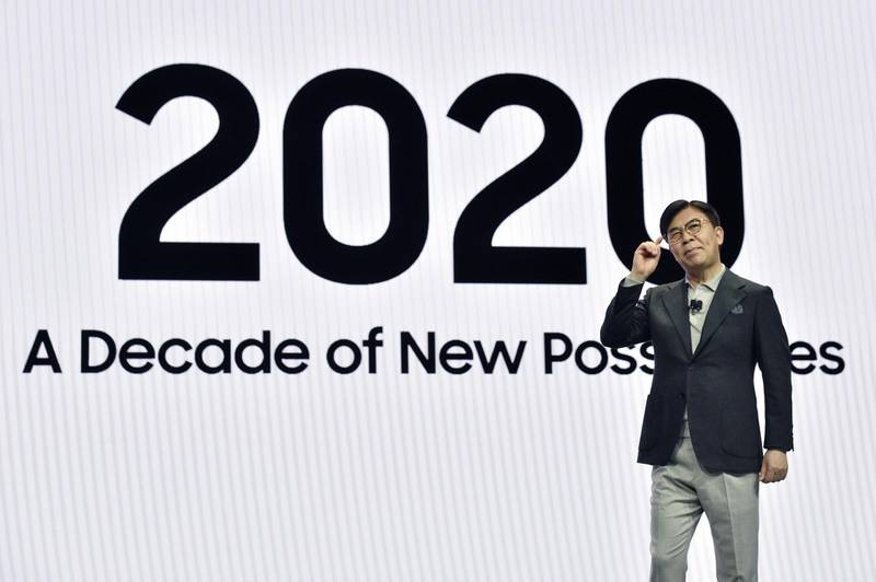 LAS VEGAS, NEVADA - JANUARY 06: Samsung Electric President and CEO of Consumer Electronics Division H.S. Kim speaks during a Samsung press event for CES 2020 at the Mandalay Bay Convention Center on January 6, 2020 in Las Vegas, Nevada. CES, the world's largest annual consumer technology trade show, runs January 7-10 and features about 4,500 exhibitors showing off their latest products and services to more than 170,000 attendees.   David Becker/Getty Images/AFP == FOR NEWSPAPERS, INTERNET, TELCOS & TELEVISION USE ONLY ==