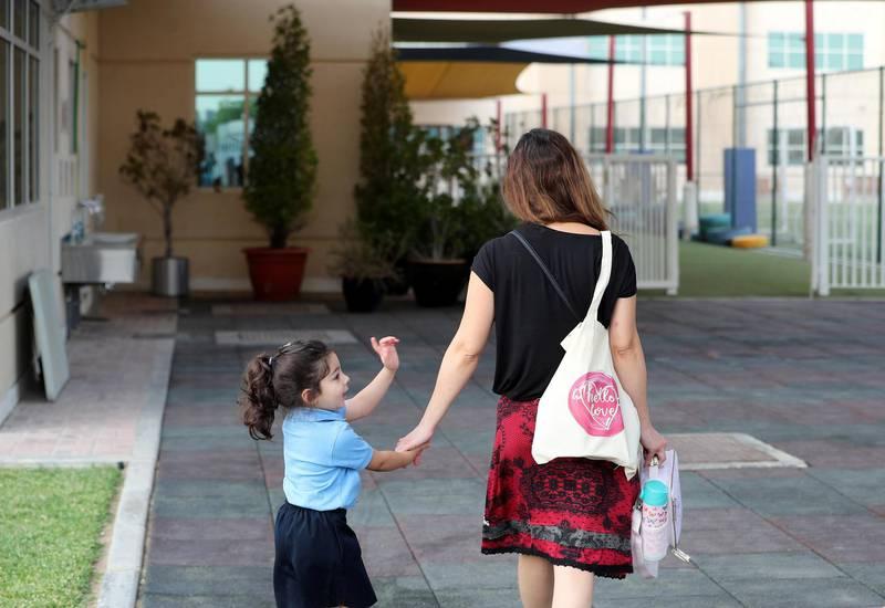Dubai, United Arab Emirates - Reporter: Sarwat Nasir. News. Covid-19/Coronavisus. Children arrive for school at Horizon International School in Dubai with Covid-19 prevention measures in place. Sunday, August 30th, 2020. Dubai. Chris Whiteoak / The National