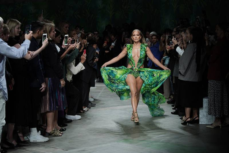MILAN, ITALY - SEPTEMBER 20: Jennifer Lopez walks the runway at the Versace show during the Milan Fashion Week Spring/Summer 2020 on September 20, 2019 in Milan, Italy. (Photo by Vittorio Zunino Celotto/Getty Images)