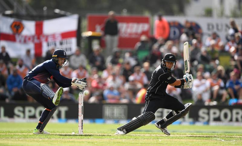 DUNEDIN, NEW ZEALAND - MARCH 07:  New Zealand batsman Ross Taylor hits out watched by Jos Buttler during the 4th ODI between New Zealand and England at University of Otago Oval on March 7, 2018 in Dunedin, New Zealand.  (Photo by Stu Forster/Getty Images)