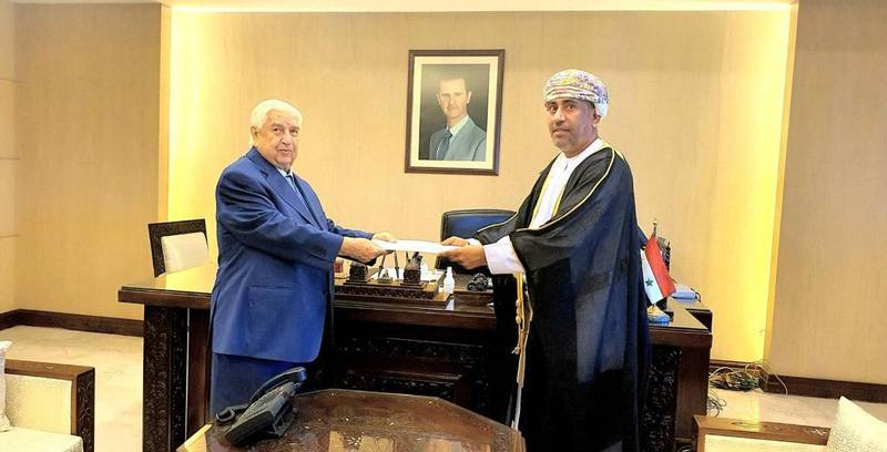 Deputy Prime Minister, Foreign and Expatriates Minister Walid al-Moallem on Sunday received a copy of the credentials of Turki Mahmood al-Busaidi,  the extraordinary and plenipotentiary Ambassador of Oman Sultanate to the Syrian Arab Republic. Oman News Agency