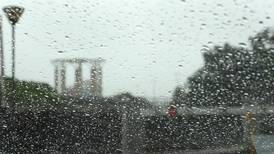 Rain and thunder to cause UAE temperatures to plunge