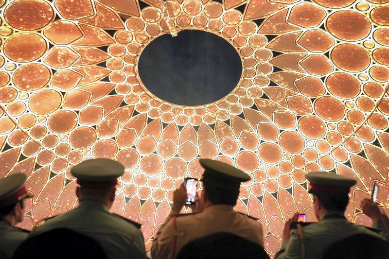 DUBAI, UNITED ARAB EMIRATES - January 29, 2020: Guest watch the show during the opening of Al Wasal Plaza  at Expo 2020 Dubai site.  ( Mohamed Al Hammadi / Ministry of Presidential Affairs ) ---
