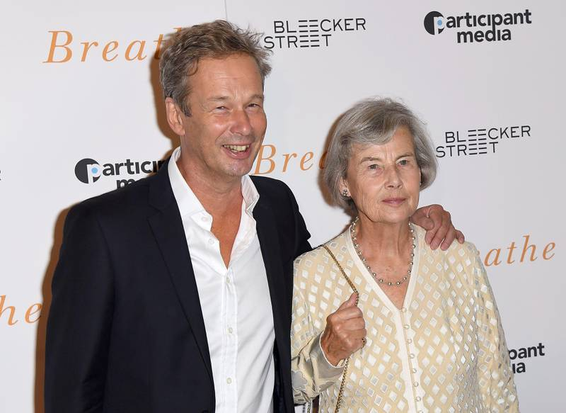 Jonathan Cavendish and Diana Cavendish attend the New York special screening 'Breathe' at AMC Loews Lincoln Square 13 theater on October 9, 2017 in New York City.  / AFP PHOTO / ANGELA WEISS