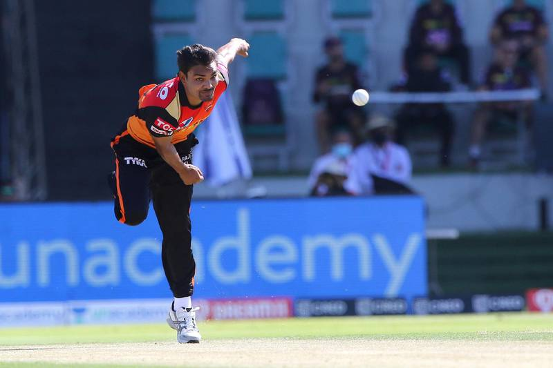 Sandeep Sharma of Sunrisers Hyderabad bowls during match 35 of season 13 of the Dream 11 Indian Premier League (IPL) between the Sunrisers Hyderabad and the Kolkata Knight Riders at the Sheikh Zayed Stadium, Abu Dhabi  in the United Arab Emirates on the 18th October 2020.  Photo by: Pankaj Nangia  / Sportzpics for BCCI