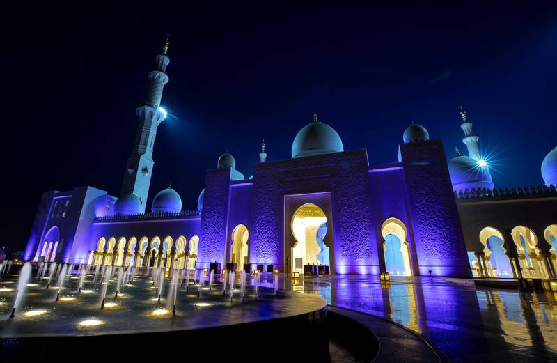 Abu Dhabi, United Arab Emirates, April 13, 2021.  Sheikh Zayed Grand Mosque, Abu Dhabi, on the first evening of Ramadan 2021.  Victor Besa/The NationalSection:  NA