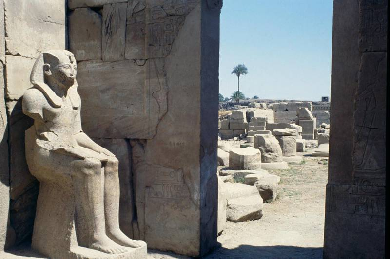 UNSPECIFIED - FEBRUARY 22: Statue of Thutmose III in ceremonial attire, Sanctuary of the sacred boat, Temple of Amun, Karnak Temple Complex (UNESCO World Heritage List, 1979). Egyptian Civilisation, New Kingdom, Dynasty XVIII. (Photo by DeAgostini/Getty Images)