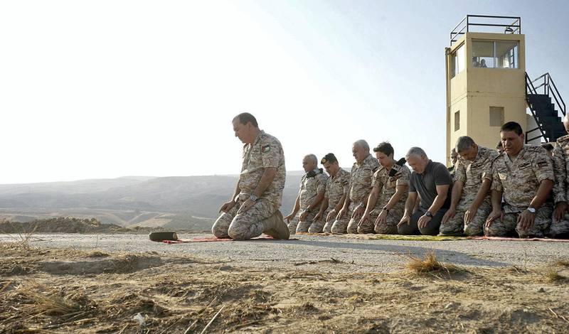King Abdullah visits Baqoura photos from Royal Court