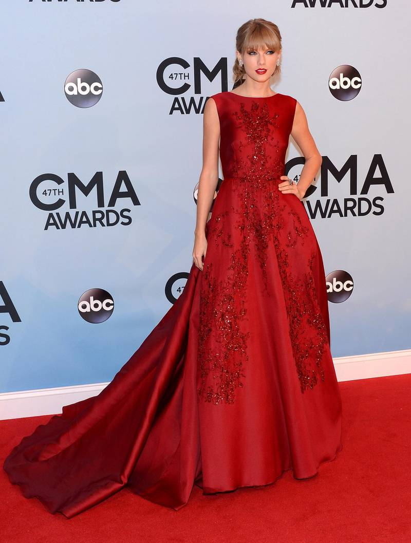 NASHVILLE, TN - NOVEMBER 06:  Taylor Swift attends the 47th annual CMA Awards at the Bridgestone Arena on November 6, 2013 in Nashville, Tennessee.  (Photo by Larry Busacca/WireImage)