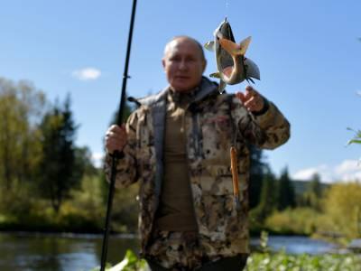 Putin goes fishing in Siberia's wilderness