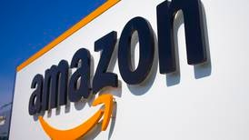 Amazon net profit doubles on strong online shopping