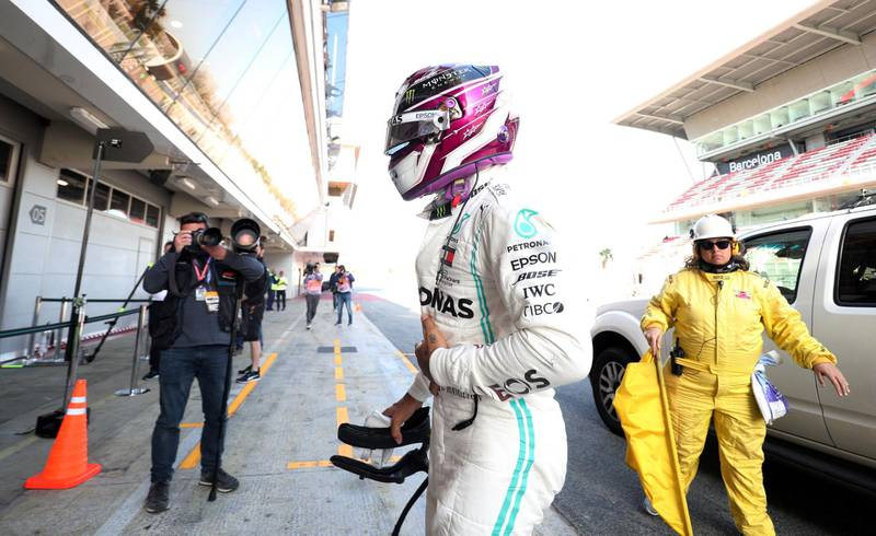 Formula One F1 - Pre Season Testing - Circuit de Barcelona-Catalunya, Barcelona, Spain - February 27, 2020   Mercedes' Lewis Hamilton returns to the pits after his car breaks down during testing   REUTERS/Albert Gea