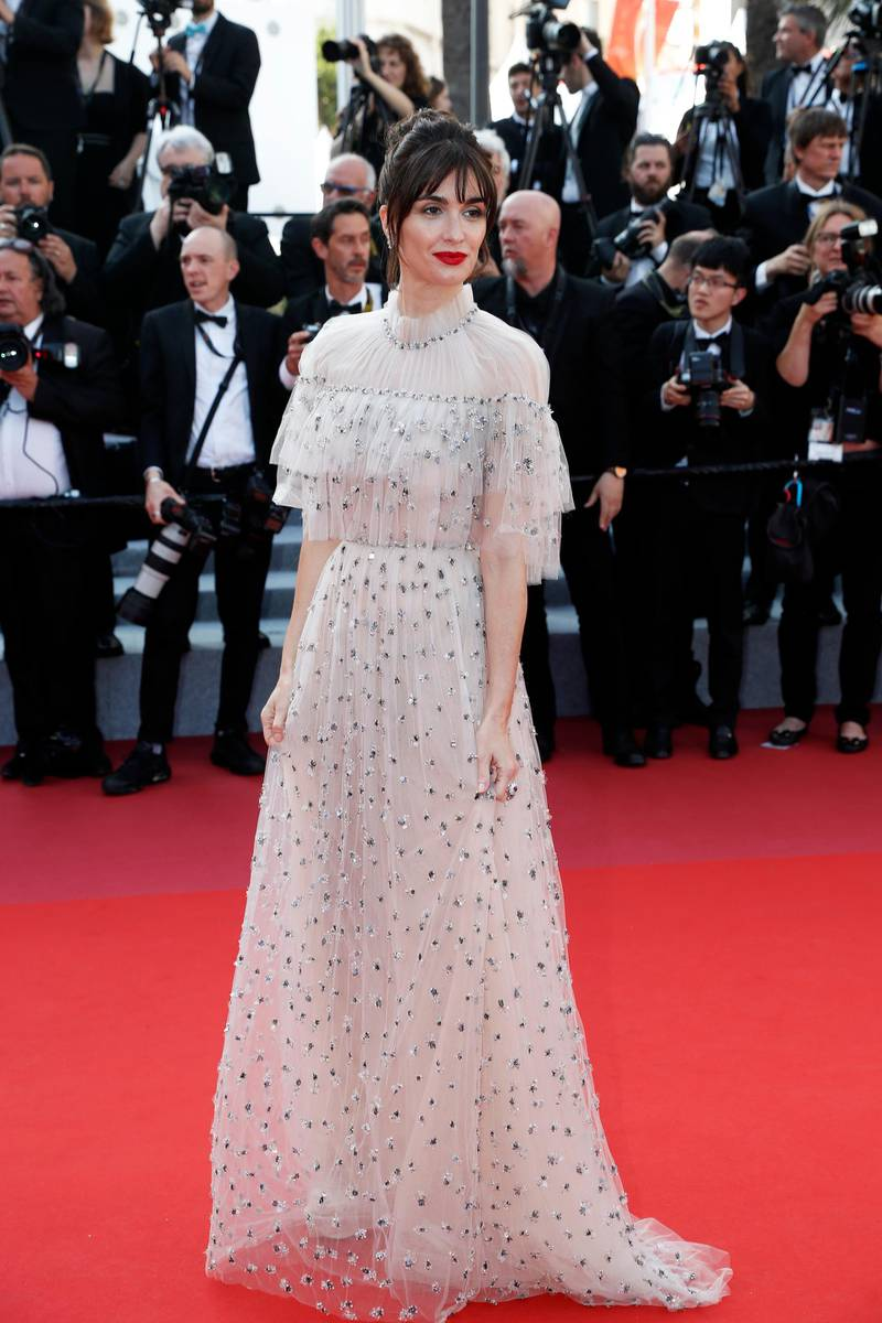 epa07599786 Spanish actress Paz Vega arrives for the Closing Awards Ceremony of the 72nd annual Cannes Film Festival, in Cannes, France, 25 May 2019. The Golden Palm winning movie will be screened after the closing ceremony.  EPA-EFE/SEBASTIEN NOGIER