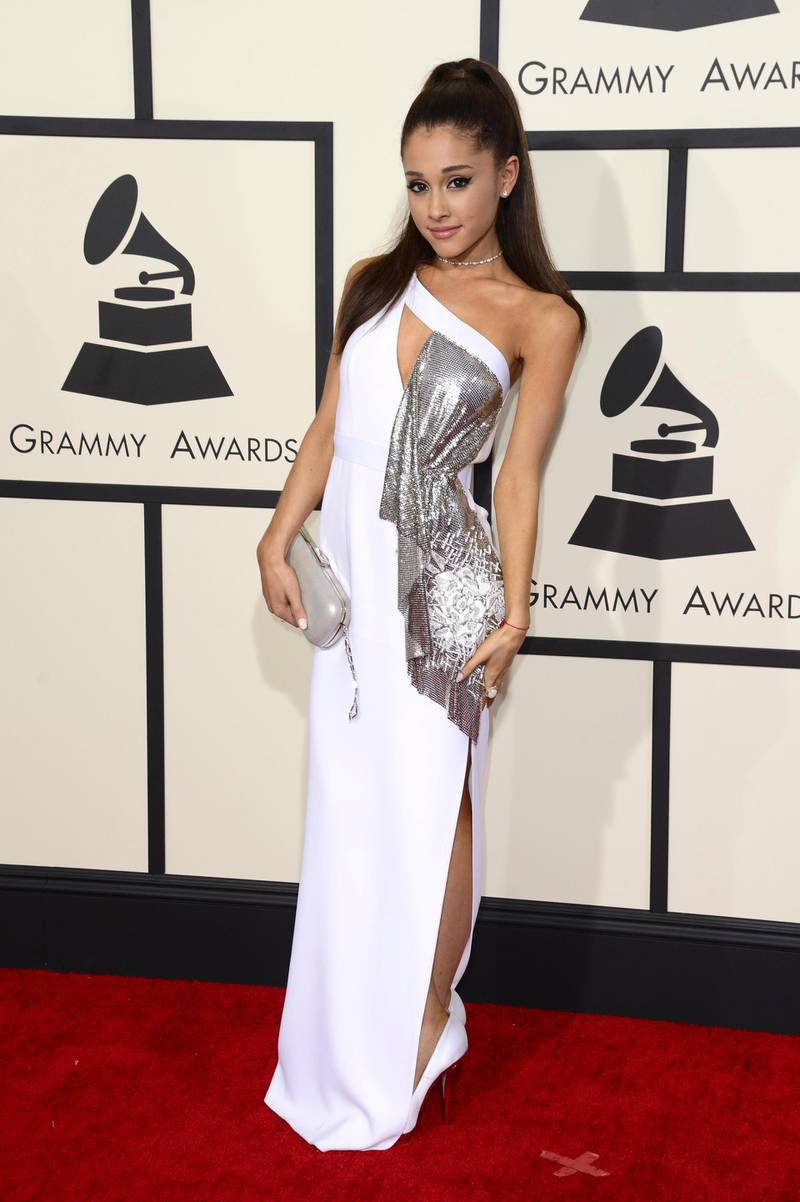 epa04610652 US singer Ariana Grande arrives for the 57th annual Grammy Awards held at the Staples Center in Los Angeles, California, USA, 08 February 2015.  EPA/MICHAEL NELSON