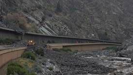 Colorado landslide: miraculous escape for more than 100 motorists