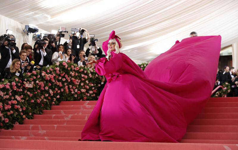epaselect epa07552043 Lady Gaga arrives on the red carpet for the 2019 Met Gala, the annual benefit for the Metropolitan Museum of Art's Costume Institute, in New York, New York, USA, 06 May 2019. Pink dress by Brandon Maxwell. The event coincides with the Met Costume Institute's new spring 2019 exhibition, 'Camp: Notes on Fashion', which runs from 09 May until 08 September 2019.  EPA-EFE/JUSTIN LANE