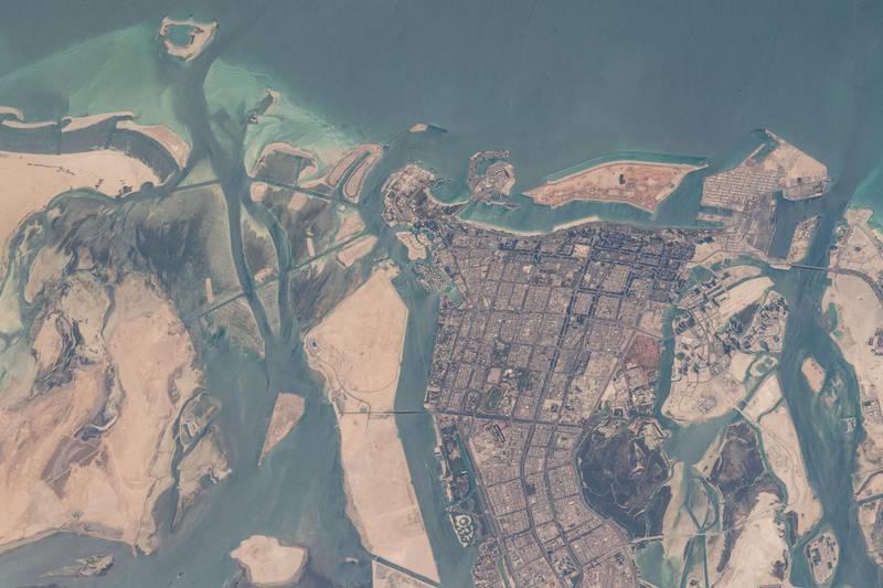 GMT109_11_17_Soichi Noguchi_1162_baghdad kuwait Barhrain Qatar UAE Oman Mascat