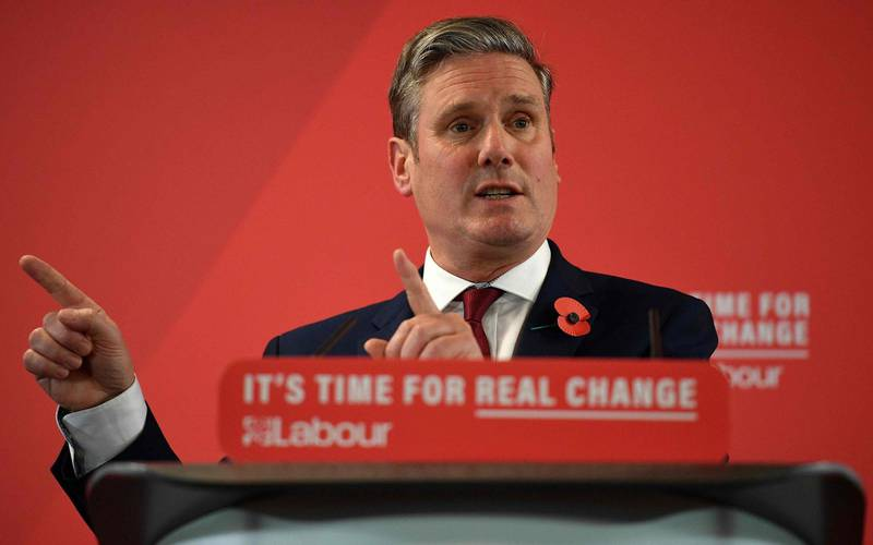 (FILES) In this file photo taken on November 05, 2019 Britain's main opposition Labour Party shadow Secretary of State for Exiting the EU, Keir Starmer speaks on Brexit during a Labour Party event in Harlow, north of London British Labour leadership candidate, Keir Starmer has won the leadership of the Labour Party.  The human rights lawyer beat rivals Rebecca Long-Bailey and Lisa Nandy after the first round of voting.  / AFP / Daniel LEAL-OLIVAS