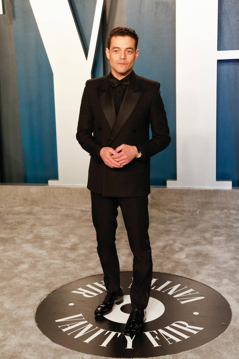 epa08208849 Rami Malek attends the 2020 Vanity Fair Oscar Party following the 92nd annual Academy Awards ceremony in Beverly Hills, California, USA, 09 February 2020. The Oscars were presented for outstanding individual or collective efforts in filmmaking in 24 categories.  EPA-EFE/RINGO CHIU