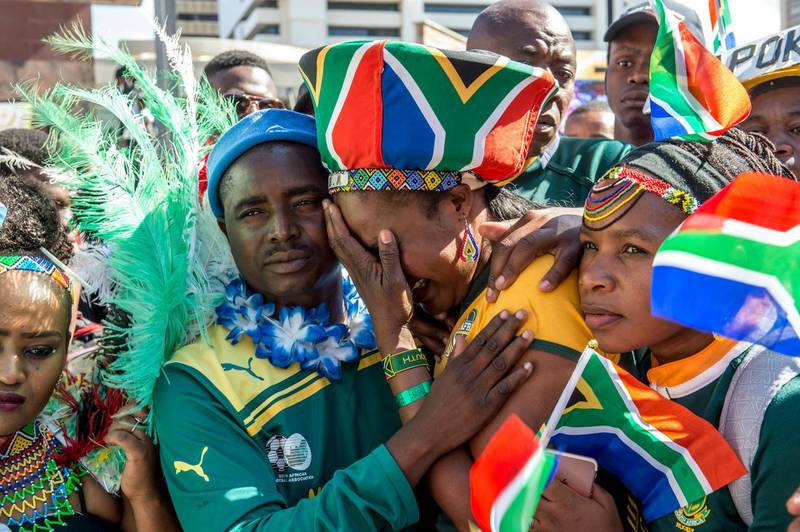 epaselect epa06331215 South African rugby fans react with disappointment after it was announced that France will host the 2023 Rugby World Cup during a public screening in Pretoria, South Africa, 15 November 2017. South Africa was the early favorite to host the worlds biggest rugby union tournament for the second time however France was chosen.  EPA/Christiaan Kotze